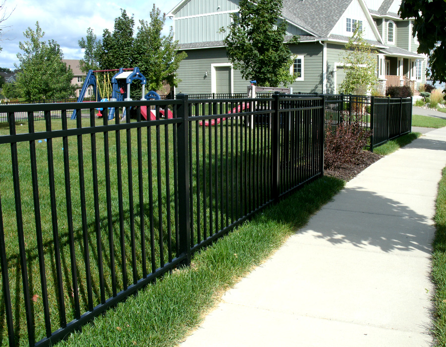 Why powder coated aluminum fencing is beneficial powers